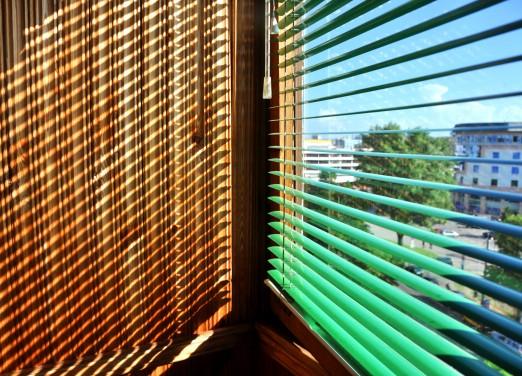 Green Aluminium venetian blind