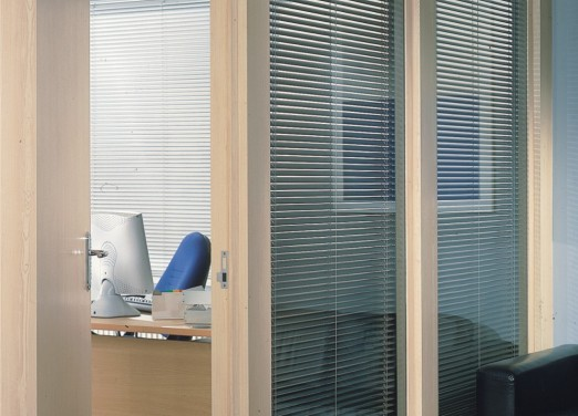 Horisontal 25mm aluminium blinds